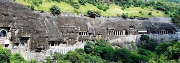 Ajanta Caves in Maharashtra, Guide provides a complete information on Ajanta Ellora Caves India, tour, vacation, culture, info, Famous Ajanta Ellora Caves, Anciant temple Caves of Ajanta Ellora in India