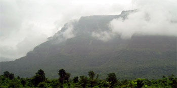 Malshej Ghat hillstation, Travel Destination Malshej Ghat hillstation, Tour Destination Malshej Ghat, classic view of Malshej Ghat, Malshej Ghat Travel, Malshej Ghat, Resort at Malshej Ghat, Hotel in Malshej Ghat, Hotels, Resorts, near Pune, Mumbai
